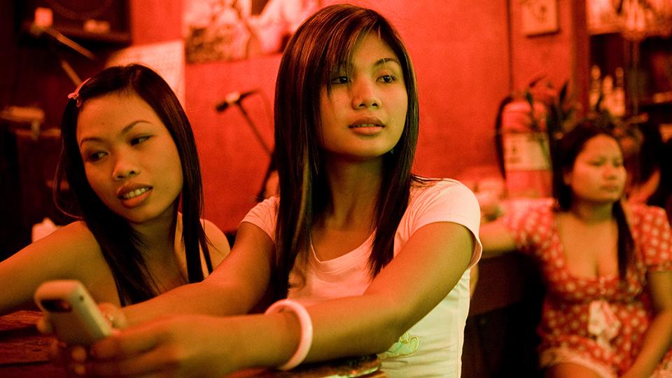 Smile bar Pattaya, Girls working in bar, Ning, Saeng